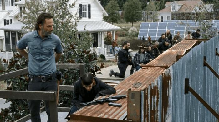 《行尸走肉》公布第七季季终集预告:大战一触即发的照片 - 2
