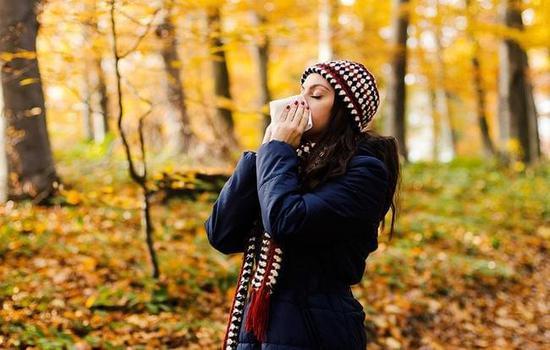 抗秋季过敏无需用药 多吃这些食物即可