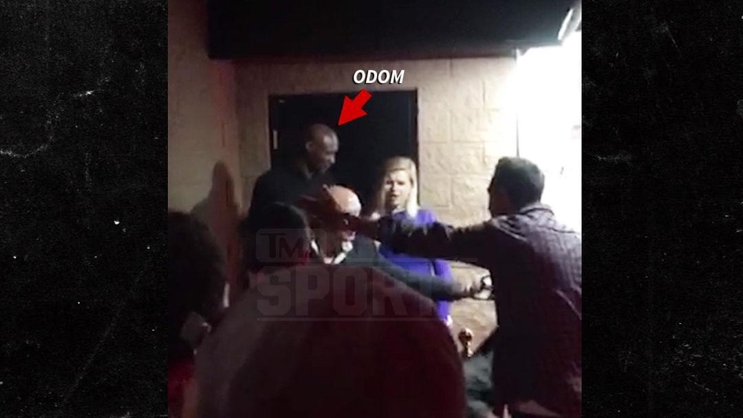 奧多姆攜2女子逛夜店 丟臉!因不排隊被驅逐出場
