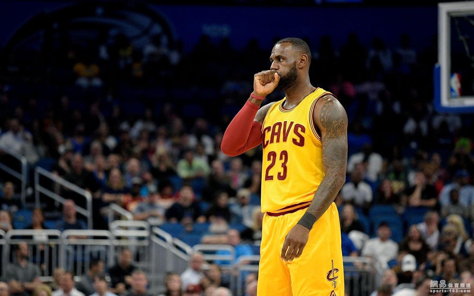 本賽季,勒佈朗關鍵時刻出手的平均距離是19.4英尺,比上賽季遠瞭9英尺,換句話說,他就是在找跳投。