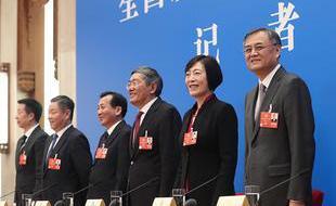 政协委员谈推动经济高质量发展